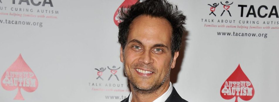 Go to German Version  Interview by Christine Schmidt and Gaby Eichberger  MyCoven took the opportunity for an interview with charismatic Todd Stashwick. He puts on his roles like […]